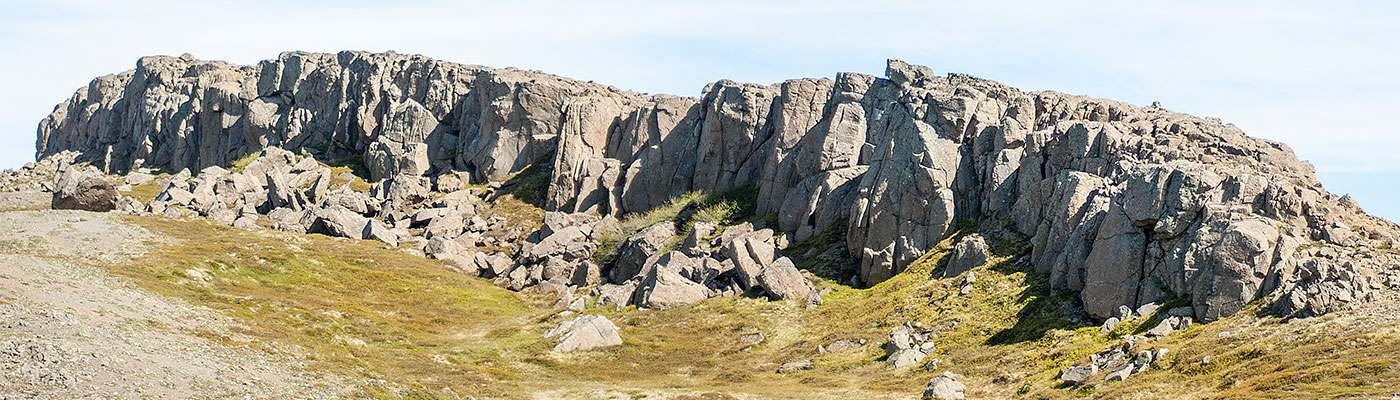 The rock climbing area near Hólmavík